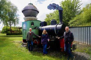 Besuchten gemeinsam den Wasserturm: Bahn-Pensionär Peter Kehm, Bebras neue Tourismusmanagerin Romy Grimm und seb-Chef Stefan Pruschwitz.